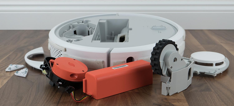 Xiaomi Mi Vacuum Robot mit typischen Verschleißteilen bei Defekt