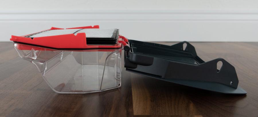 Schmutzbehälter samt Filter